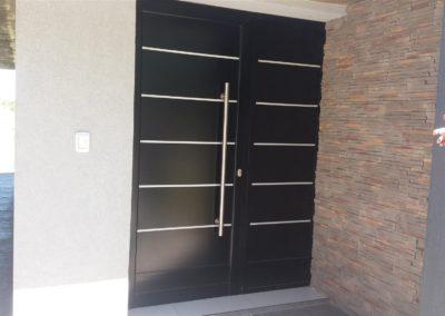 puerta-principal-dos-hojas